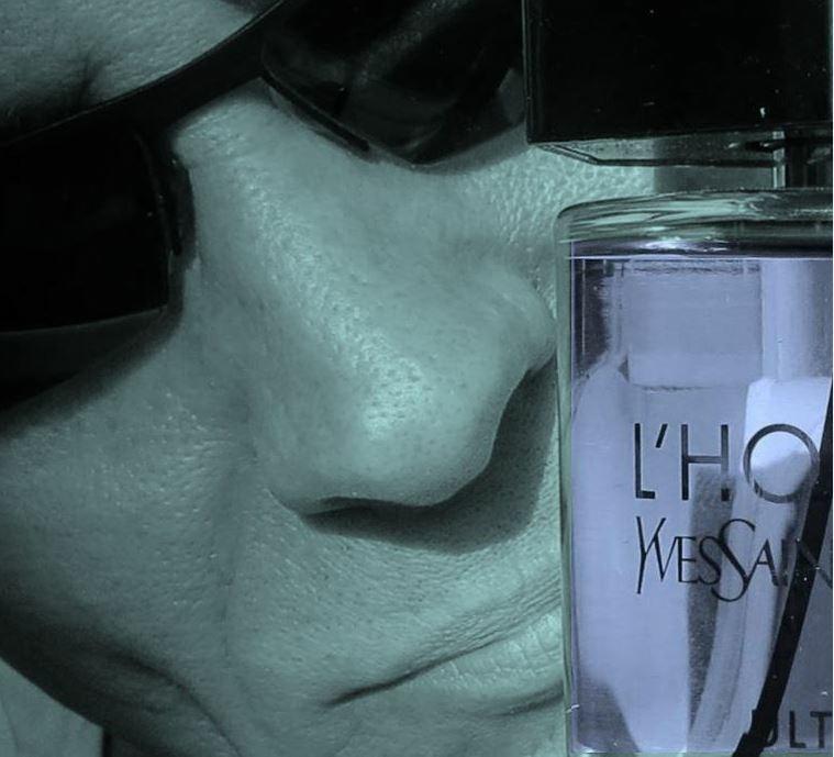 Fresh in der Matrix, wo es keine Parfumfoto-Ablehnungen gibt.