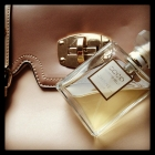 CHANEL Coco Mademoisell...