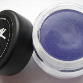 Junk (Solid Perfume) - Lush / Cosmetics To Go