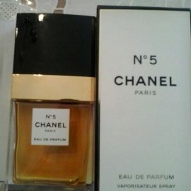N°5 (Parfum) by Chanel