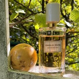 Dahlia Divin (Eau de Parfum) - Givenchy