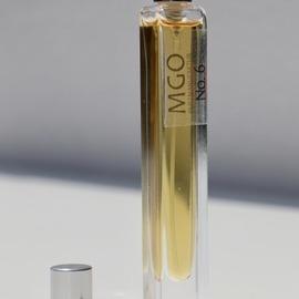 No. 6 (Extrait de Parfum) by Duftanker MGO Duftmanufaktur