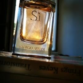 Sì (Eau de Parfum) - Giorgio Armani