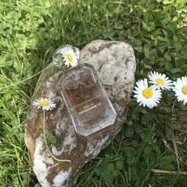 Déjà Vu White Flower | 57 (Eau de Parfum) von Kayali