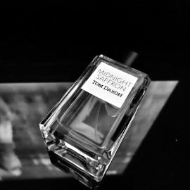 Midnight Saffron by Tom Daxon