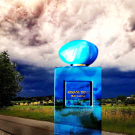 Wetterkapriolen im Vilstal Teil 1: Gewitter im Anmarsch, da kann man nicht mehr von lazuli-blauem Himmel sprechen...