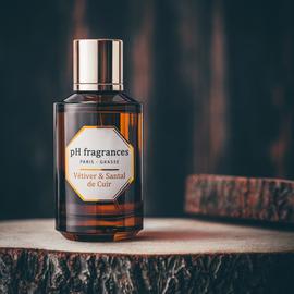 Vétiver & Santal de Cuir by pH Fragrances