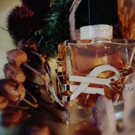 Libre (Eau de Parfum Intense) by Yves Saint Laurent