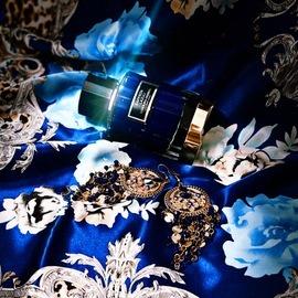 Saffron Lazuli - Carolina Herrera