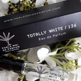 Totally White/126 - Parle Moi de Parfum
