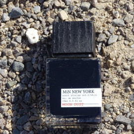 Scent Stories Vol.1/Ch.11 - Moon Dust (Eau de Parfum) von MiN New York