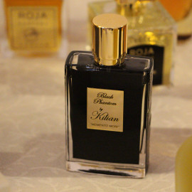 Black Phantom Memento Mori by Kilian