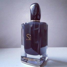 Sì (Eau de Parfum Intense) (2014) von Giorgio Armani