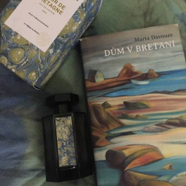 Un Air de Bretagne by L'Artisan Parfumeur