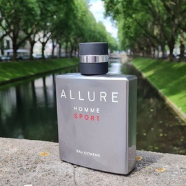 Allure Homme Sport Eau Extrême by Chanel