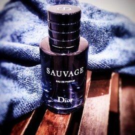 Sauvage (Eau de Parfum) - Dior