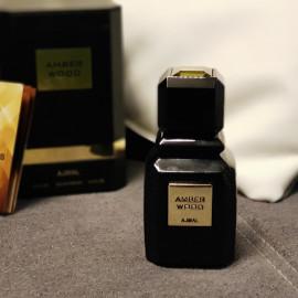 Amber Wood (Eau de Parfum) von Ajmal