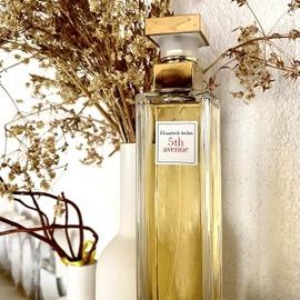 5th Avenue (Eau de Parfum) by Elizabeth Arden
