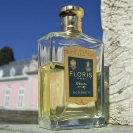 Special No. 127 / Original Gentlemen's Cologne von Floris