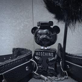 Toy Boy von Moschino