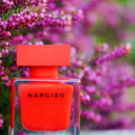 Narciso (Eau de Parfum Rouge) by Narciso Rodriguez
