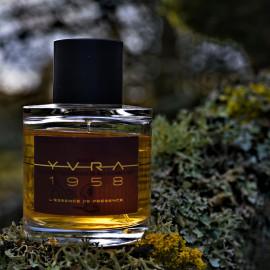 1979 - L'Essence de Présence by YVRA