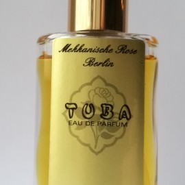 Tuba by Mekkanische Rose