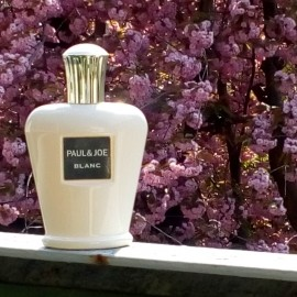 Blanc von Paul & Joe