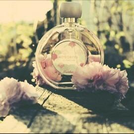Météorites Le Parfum by Guerlain