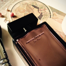 For Her Musc Collection by Narciso Rodriguez