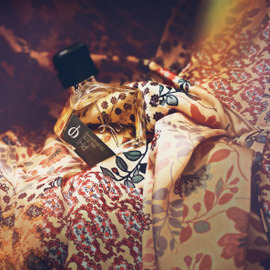 Collectible PHI - Une Rose de Kandahar - Tauer Perfumes