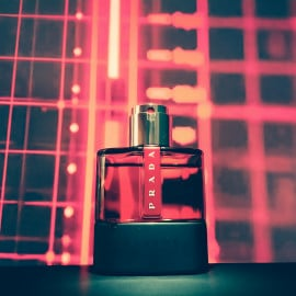 Luna Rossa Carbon by Prada