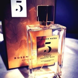 5 - Floral, Amber, Sensual Musk von Rosendo Mateu - Olfactive Expressions