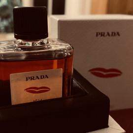 N°14 Rossetto von Prada