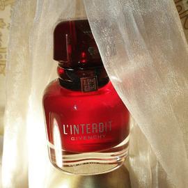 L'Interdit (2021) (Eau de Parfum Rouge) by Givenchy