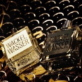Wackelwasser Dark by Wackelwasser