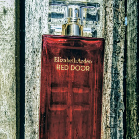 Red Door (Eau de Toilette) by Elizabeth Arden