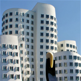 Gehry-Bauten im Düsseldorfer Hafen
