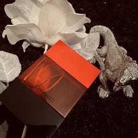 Classique (Eau de Toilette) - Jean Paul Gaultier