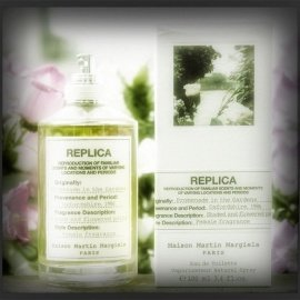 Replica - Promenade in the Gardens by Maison Margiela