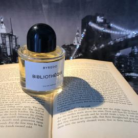 Bibliothèque (Eau de Parfum) von Byredo