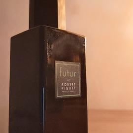 Futur (Eau de Parfum) - Robert Piguet