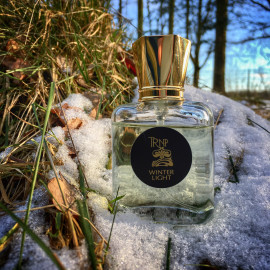 Winter Light by Teone Reinthal Natural Perfume