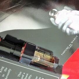 Delina Exclusif von Parfums de Marly