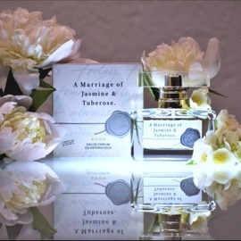 A Marriage of Jasmine & Tuberose by Avon